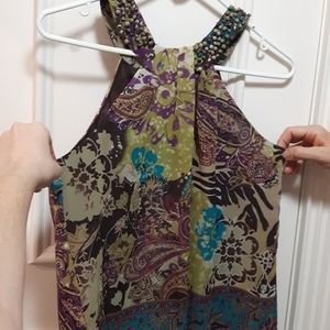 🛍️ NWOT Patterned no sleeve blouse